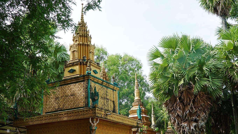 VnExpress-Chu-a-Khmer-AnGiang-PhongVinh5-1561600570_r_680x0[1]